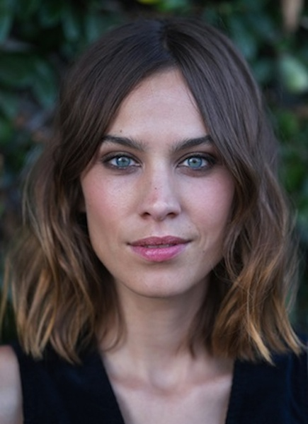 Alexa Chung's Blunt Brunette Bob with Easy Beachy Waves