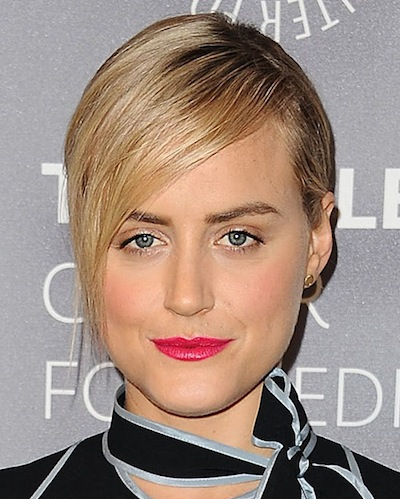 Taylor Schilling's Slick Short Blonde Side Bangs