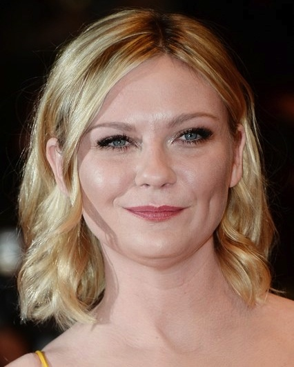 Kirsten Dunst's Cute Wavy Blonde Hair at Cannes Film Festival 2016