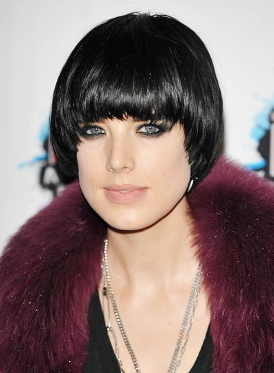Agyness Deyn Black Apple Cut Hairstyle