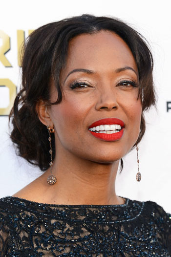 Aisha Tyler's Elegant Low Bun Hairstyle at the 2014 Critics' Choice Awards