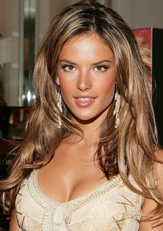 Alessandra Ambrosio's Sexy Victoria's Secret Runway Layered Hairstyle