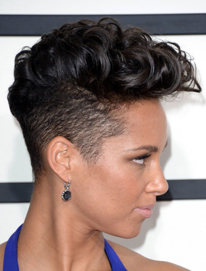 Alicia Keys' Ferocious Curly Mohawk at the 2014 Grammy Awards