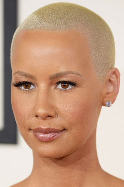 Amber Rose's Buzz Cut at the 2014 Grammy Awards