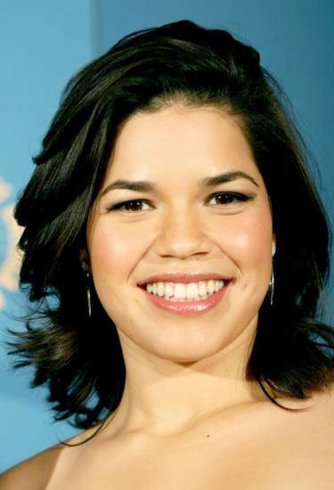 America Ferrera's Sassy Shoulder Length Layered Hairstyle
