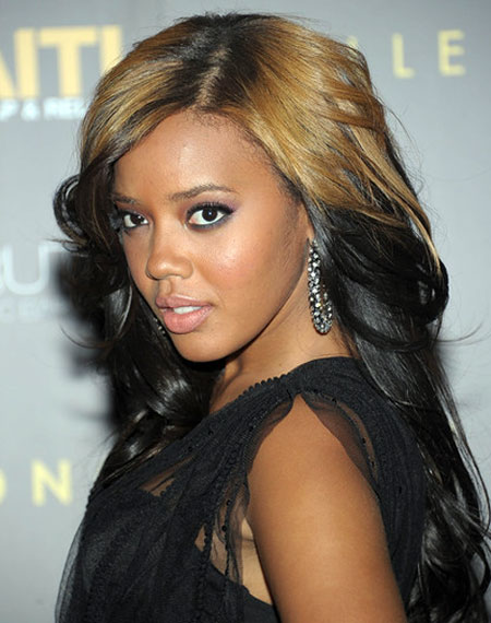 Angela Simmons' Charming Long Wavy Ombre Hairstyle