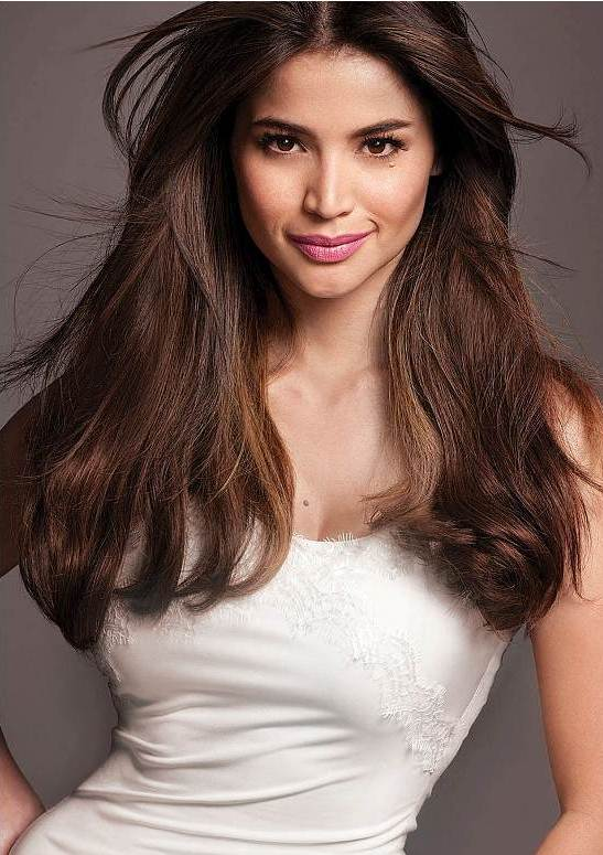 Anne Curtis Very Sexy Voluminous Middle Part Hairstyle