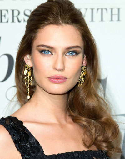 Bianca Balti's Glamorous Half Up, Half Down Curly Hairstyle