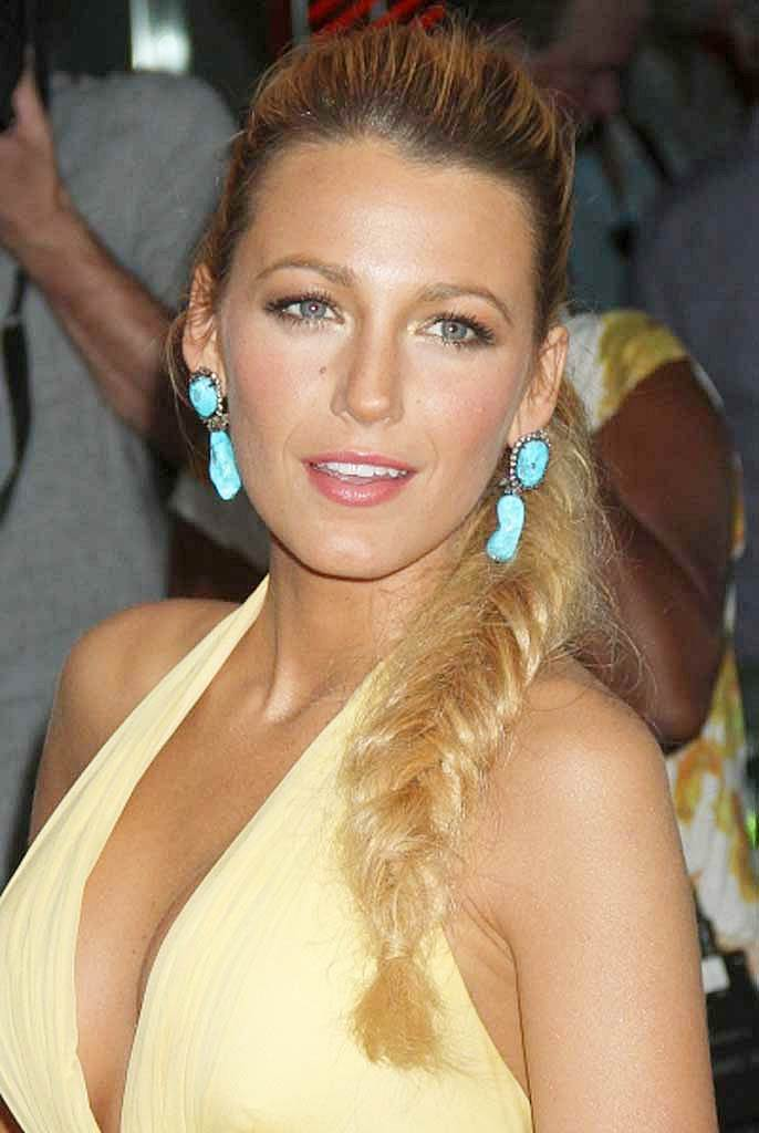 Blake Lively's Cute High Ponytail And Fishtail Braid Hairstyle
