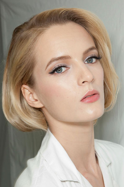 Daria Strokous' Stylish Faux Bob Hairstyle