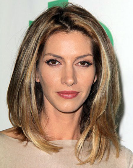 Dawn Olivieri's Casual Medium Straight Hairstyle