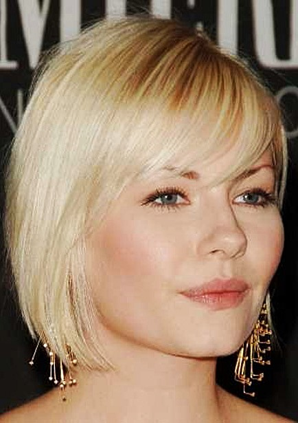 Elisha Cuthbert's Blonde Layered Bob Hairstyle With Side Bangs