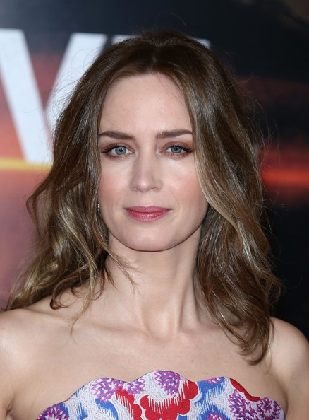 Emily Blunt's Long Middle Parted Wavy Hairstyle