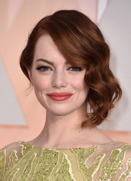 Emma Stone's Vintage Half Up At Oscars 2015