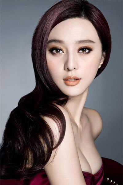 Fan Bingbing's Sexy Long Wavy Hairstyle