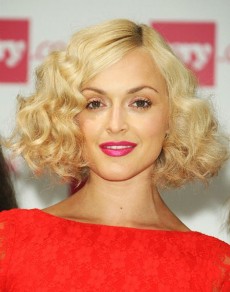 Fearne Cotton S Thick Curly Bob Party Summer Spring
