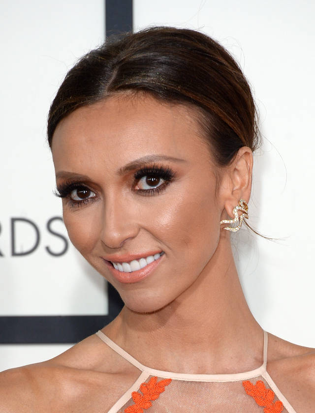 Giuliana Rancic's Simple Sleek Updo at the 2014 Grammy Awards