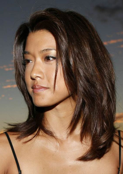 Grace Park S Mid Length Layered Hairstyle Casual