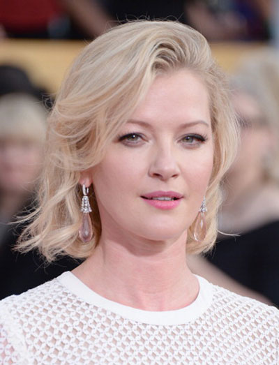Gretchen Mol's Messy Long Bob Wavy Hairstyle at the 2014 SAG