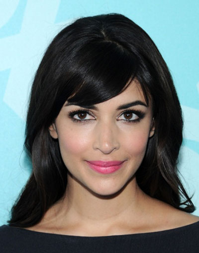 Hannah Simone's Retro Loose Bouffant with Side Bangs