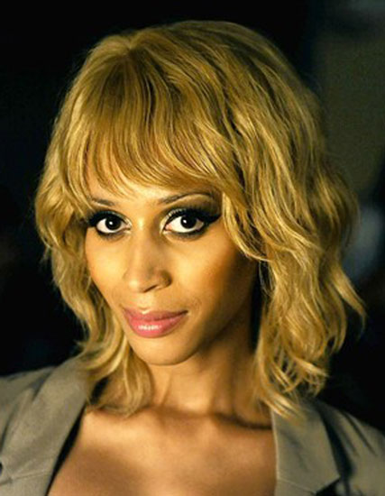 Isis King's Chic Layered Wavy Bob Hairstyle