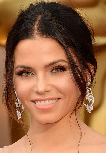 Jenna Dewan's Sexy Disheveled Updo at the 2014 Oscars