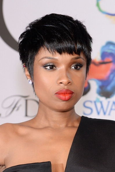 Jennifer Hudson's Pixie Hairstyle At CFDA Fashion Awards 2014
