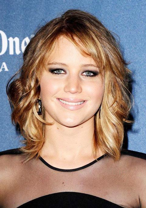 Jennifer Lawrence Lovely Medium Length Wavy Hairstyle With Bangs