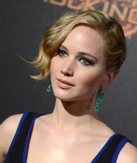 Jennifer Lawrence's Side Swept Messy Pony Tail At Cannes 2014