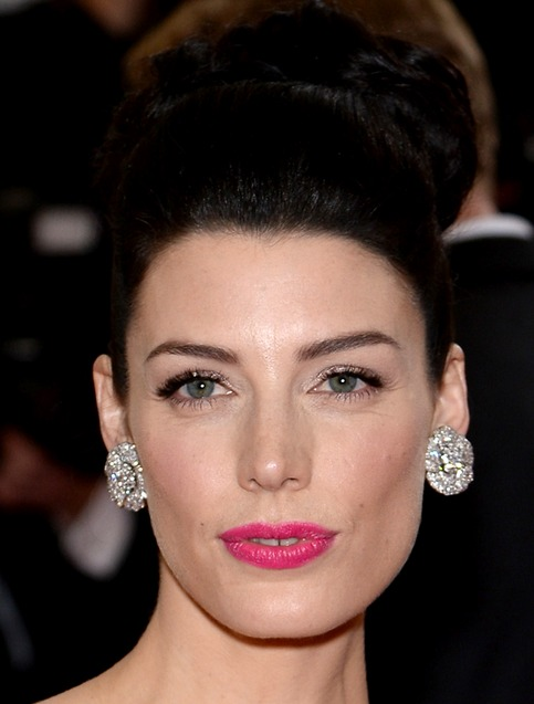 Jessica Pare's Top Knot Updo At Met Ball 2014