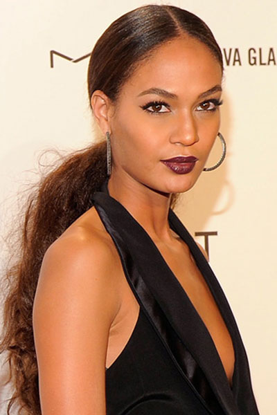 Joan Smalls Curly Low Ponytail Hairstyle Party