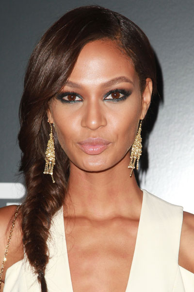 Joan Smalls' Lovely Side Fishtail Braid Hairstyle