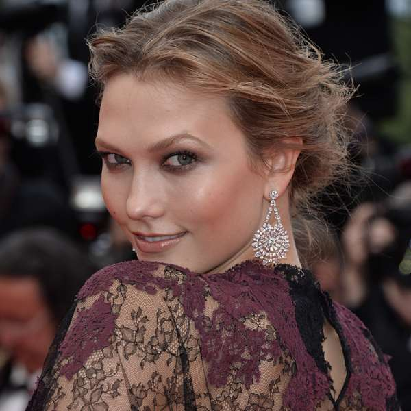 Karlie Kloss' Unkempt Updo At Cannes 2014