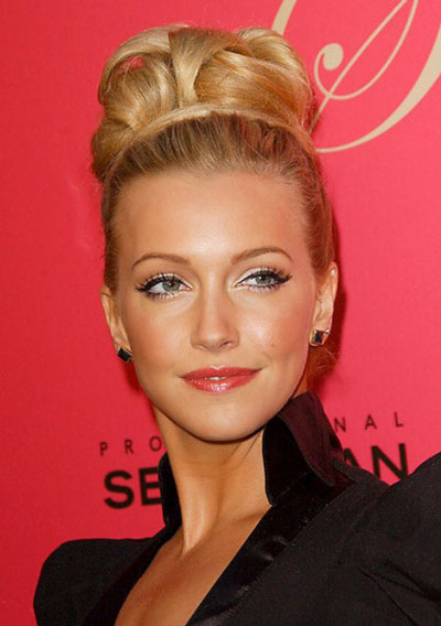 Katie Cassidy's Intricate Looped Beehive Updo