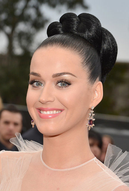 Katy Perry's Quirky Twisted High Bun Hairstyle at the 2014 Grammy Awards