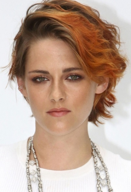 323ef128306 Kristen Stewart s Short Orange Bob At Paris Fashion Week 2014