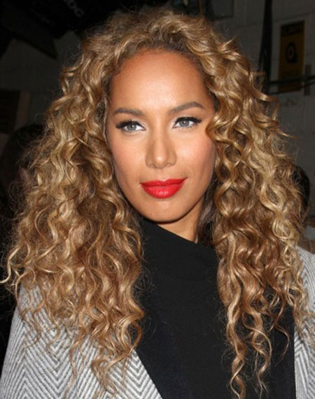 Leona Lewis' Quirky Long Corkscrew Middle Part Hairstyle