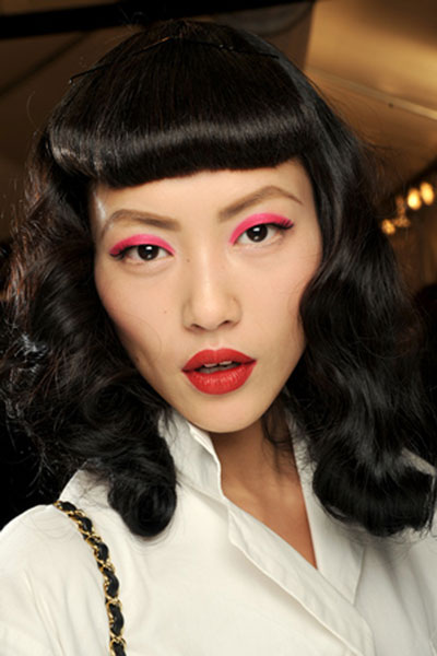 Liu Wen's Classic Vintage Pin Curls Hairstyle with Baby Bangs