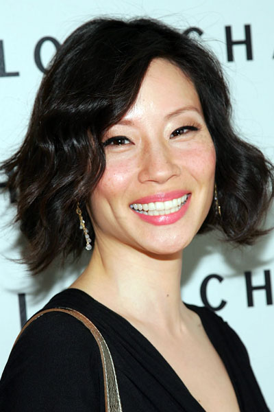 Lucy Liu's Stylish Wavy Bob Hairstyle