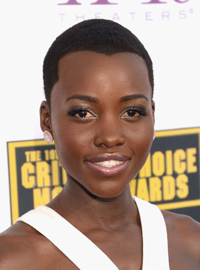 Lupita Nyong'o's Chic Buzz Cut at the 2014 Critics' Choice Awards