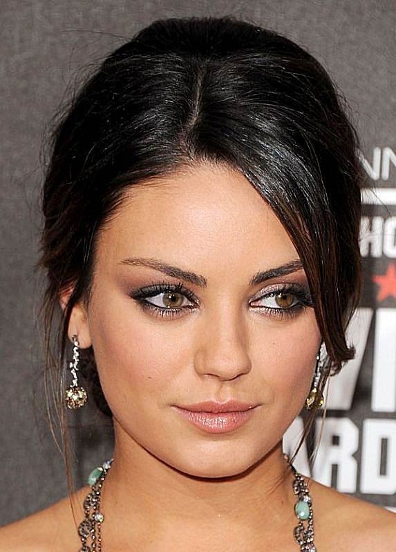 Mila Kunis' Loose Updo With Side-Swept Face-Framing Bangs For Weddings