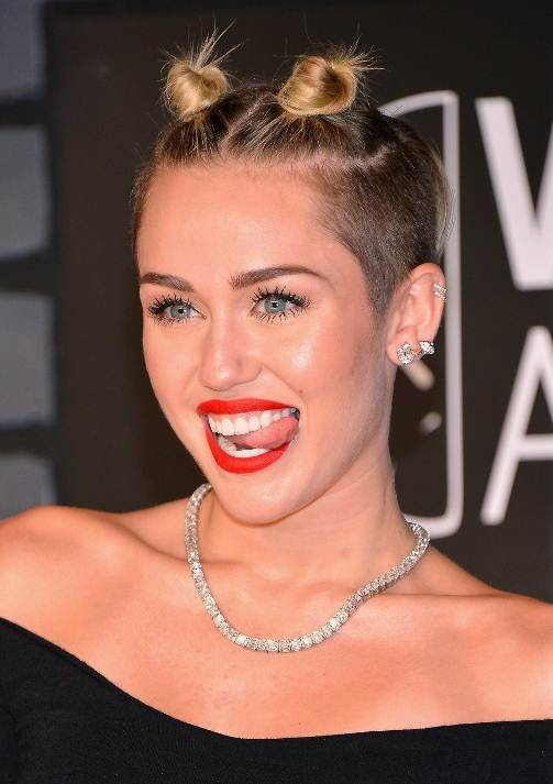 Miley Cyrus' Edgy Mini Bun Hairstyle At The 2013 Video Music Awards