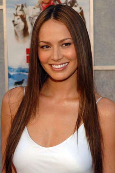 Moon Bloodgood's Lovely Middle Part Long and Sleek Hairstyle