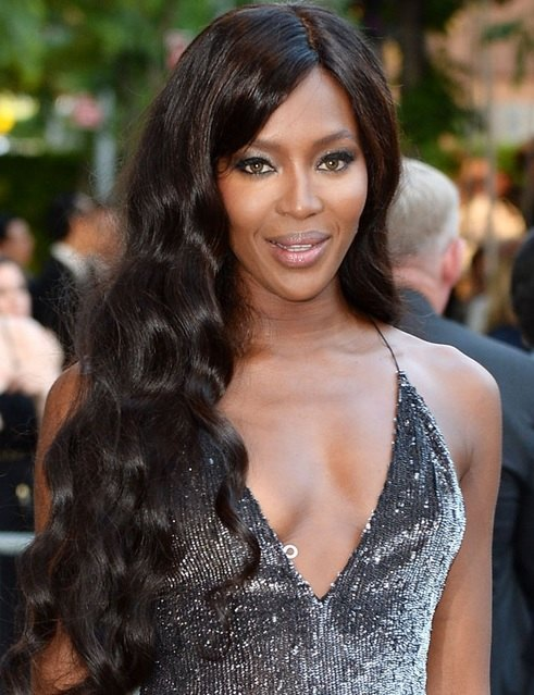 Naomi Campbell's Long Mermaid Waves At CFDA Fashion Awards 2014