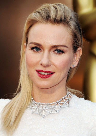 Naomi Watts' Edgy Bouffant Side-Swept Hairstyle at the 2014 Oscars