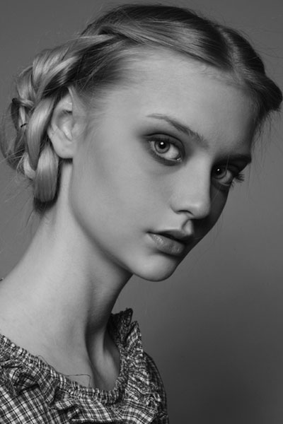 Nastya Kusakina's Lovely Intricate Multi-Looped Chignon