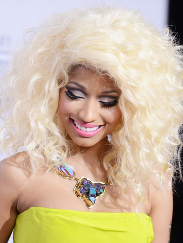 Nicki Minaj Quirky Blonde Big Hair at the 2013 American Music Awards