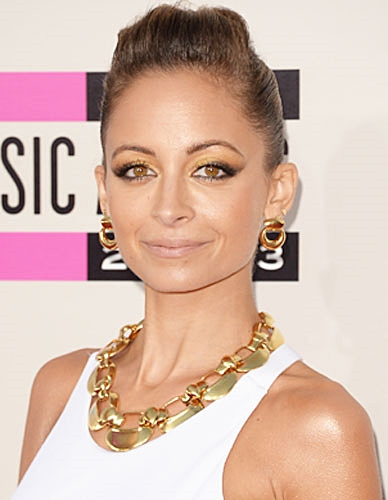 Nicole Richie's Sophisticated Sleek Updo at the 2013 American Music Awards