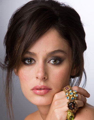 Nicole Trunfio's Alluring Unkempt Updo with Side Bangs