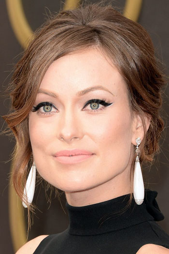 Olivia Wilde's Unkempt Updo at the 2014 Oscars